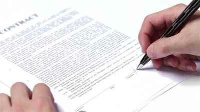 signing business contract Small